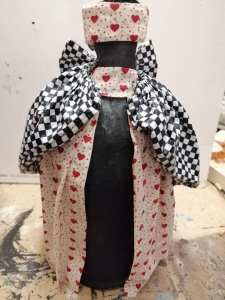 Powertex queen of hearts step by step by Patricia Williams