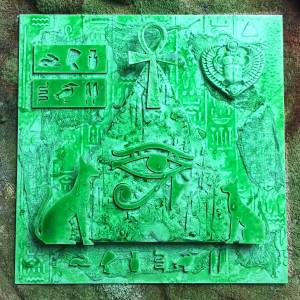 Spray egyptian art with Palm green Acrylic ink