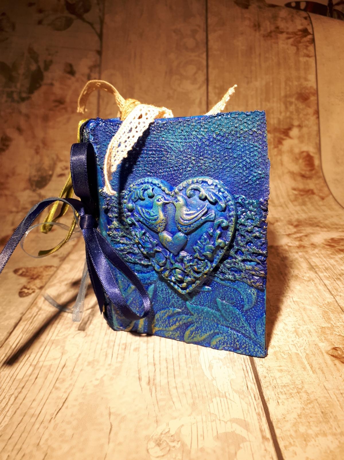 The Secret Art Box - Blue journal love birds- Powertex